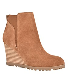 Women's Medium Curtis Wedge Booties