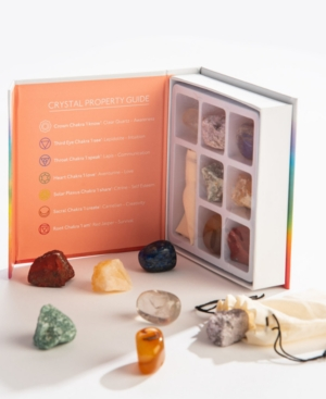 Align your energy or find balance with this set from GeoCentral, a collection of seven stones that correspond with the main chakra points.