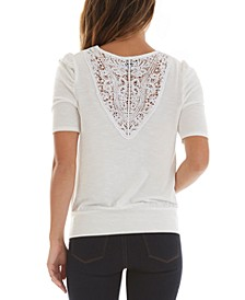 Juniors' Crochet-Trimmed Banded-Hem Top