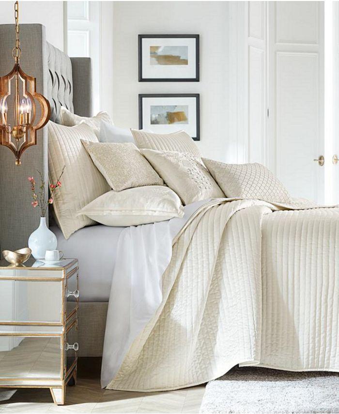 Hotel Collection - Hydrangea Velvet Full/Queen Coverlet, Created for Macy's
