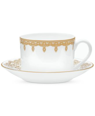 Lismore Lace Gold Boxed Teacup and Saucer