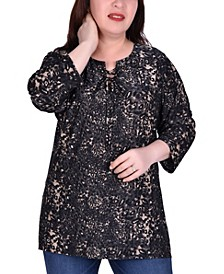 Women's Plus Size Elbow Sleeve Pullover Top with Lacing