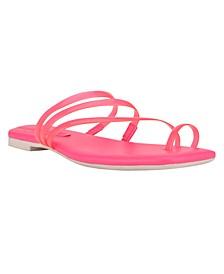 Women's Darbie Square Toe Toe-Ring Sandals