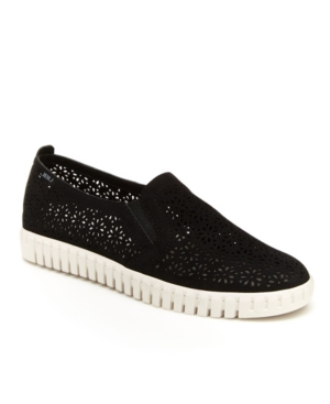 Women's Flora Casual Slip-On Sneaker Women's Shoes