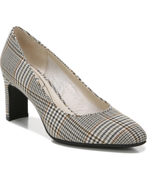 Gigi Pumps Women's Shoes