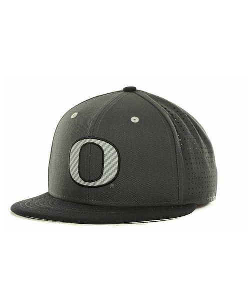 low cost pre order no sale tax ireland oregon ducks fitted cap 1c665 ee0ba