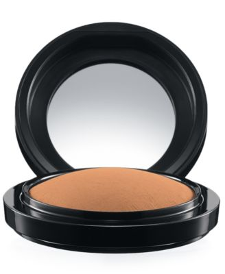 Image of MAC Mineralize Skinfinish Natural, 0.35 oz