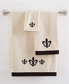 Fleur De Lis Fingertip Towel