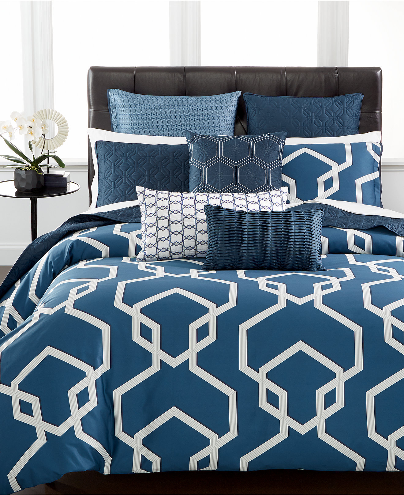 Macy Bedroom Furniture Closeout Closeout Hotel Collection Modern Imperial Bedding Collection