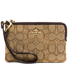 COACH Boxed Corner Zip Wallet in Signature Fabric