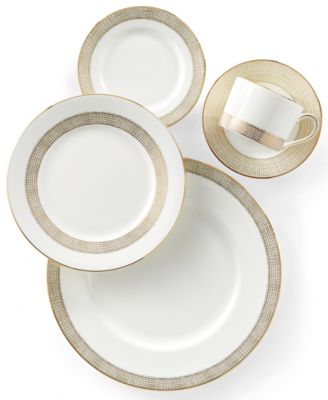 Renowned designer Vera Wang turns a simple approach into a dramatically elegant pattern with the Gilded Weave Gold collection of dinnerware and dishes.  sc 1 st  Macyu0027s & Vera Wang Wedgwood Gilded Weave Gold Dinnerware Collection - Fine ...