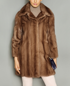 1940s Style Coats and Jackets for Sale The Fur Vault Wing-Collar Mink Fur Coat $4,197.00 AT vintagedancer.com