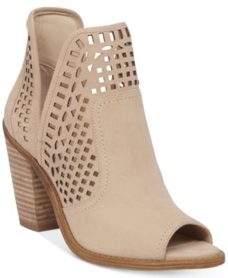 Jessica Simpson Shoes, Boots, Heels - Macy's