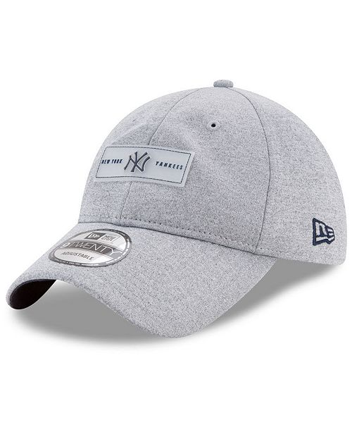 9432bcfb50274 ... New Era New York Yankees Clear Patch 9TWENTY Strapback Cap ...
