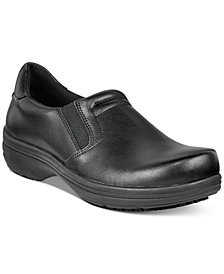 Easy Works By Easy Street Women's Bind Slip Resistant Clogs