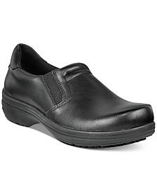 Easy Works by Easy Street Bind Slip Resistant Clogs