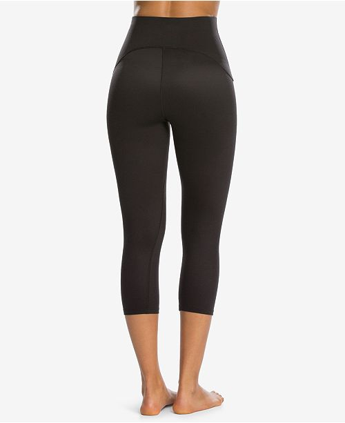 8f42611fccd8fd SPANX Women's Active Tummy Shaping Cropped Compression Leggings ...