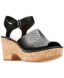 Clarks Artisan Women's Maritsa Nila Platform Sandals