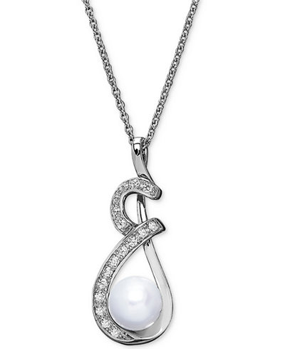 Cultured Freshwater Pearl (8mm) & Swarovski Zirconia Pendant Necklace in Sterling Silver