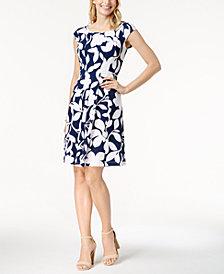 Robbie Bee Petite Floral-Print Fit & Flare Dress