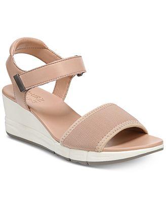 Naturalizer Women's Irena Wedge Sandal