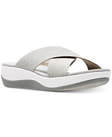 Clarks Collection Women's Cloud Steppers Arla Elin Sandals