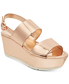 GUESS Kaelan Metallic Flatform Sandals
