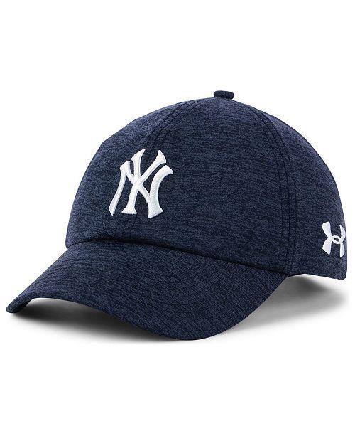 ab437826844b5 Under Armour Women s New York Yankees Renegade Twist Cap   Reviews ...