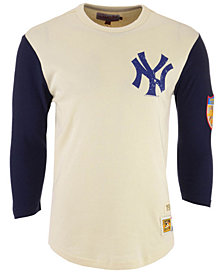 Mitchell & Ness Men's New York Yankees Wild Pitch Raglan T-Shirt