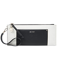Nine West Elongated Wristlet