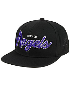 Mitchell & Ness Los Angeles Lakers Town Snapback Cap