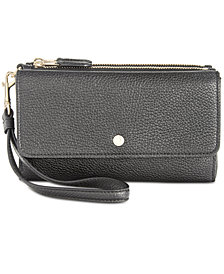 COACH Triple Wristlet in Pebble Leather