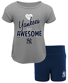 Outerstuff New York Yankees Greatness Short Set, Toddler Girls (2T-4T)