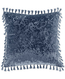 "Intelligent Design Ariana 18"" x 18"" Square Crushed Velvet Decorative Pillow with Tassels"