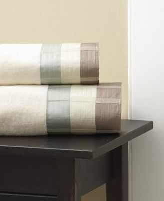 Fairfax Cotton Pieced Coloblocked Bath Towel