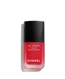 CHANEL LE VERNIS Velvet Nail Colour