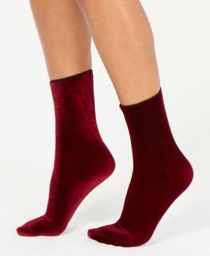 HUE Velvet Crew Socks in Currant