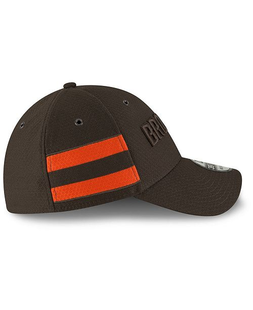 ... New Era Cleveland Browns Official Color Rush 39THIRTY Stretch Fitted Cap  ... 018f9bcb8