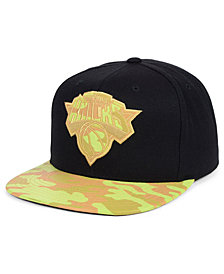 Mitchell & Ness New York Knicks Natural Camo Snapback Cap