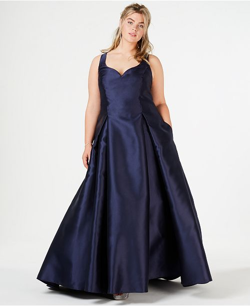 B Darlin Trendy Plus Size Sweetheart-Neckline Gown