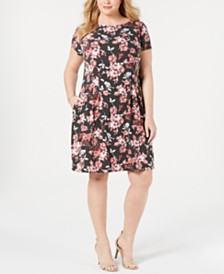 Connected Plus Size Floral Printed Shift Dress