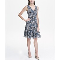 Tommy Hilfiger Beach Rose Outline Lace V Neck Fit and Flare Dress (Navy/Blue)
