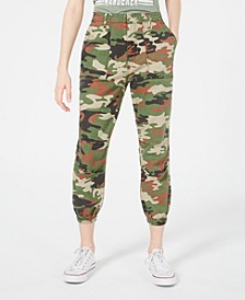 Juniors' Camo Relaxed Cropped Cargo Pants