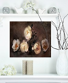 "Designart 'Wild Roses In Old Painting Style' Floral Metal Wall Art - 20"" X 12"""