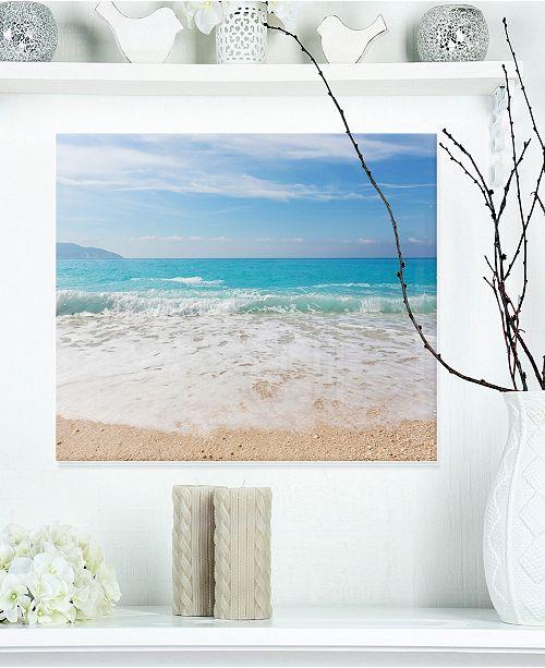 "Design Art Designart 'White Waves Kissing Beach Sand' Large Seashore Metal Wall Art - 20"" X 12"""