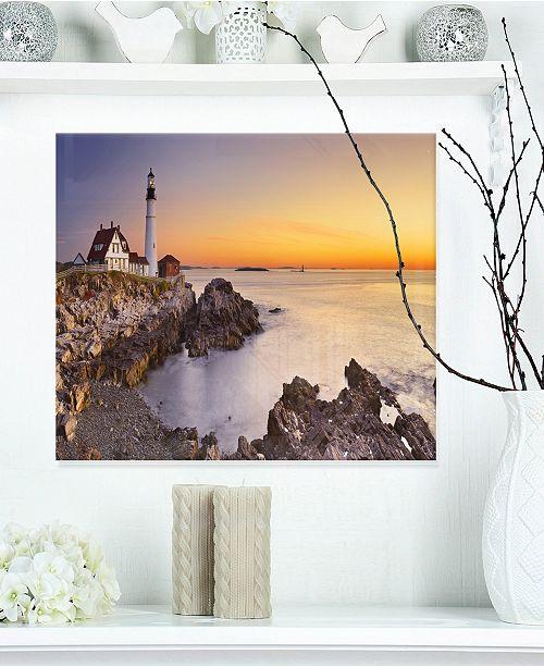 "Design Art Designart 'Portland Head Lighthouse Maine' Modern Seascape Metal Artwork - 20"" X 12"""