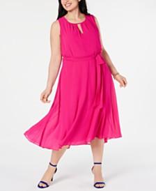 Jessica Howard Plus Size Belted Keyhole Midi Dress