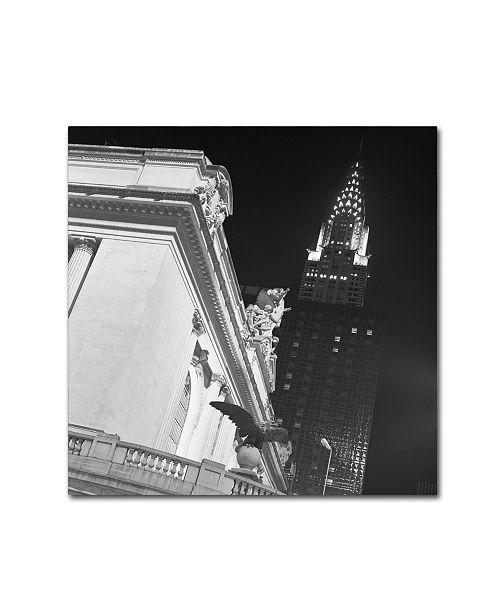 """Trademark Global Moises Levy 'New York 003' Canvas Art - 35"""" x 35"""" x 2"""""""