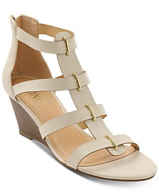 XOXO Sofiya Wedge Strappy Sandals