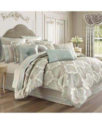 J Queen Clearwater  Queen 4 Piece Comforter Set